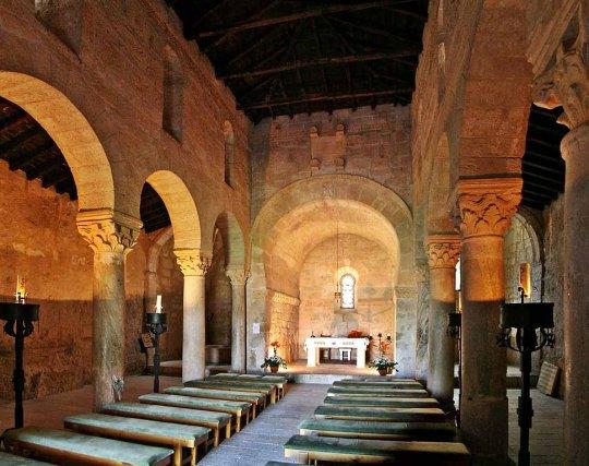 Interior de San Juan de Baños (Palencia)