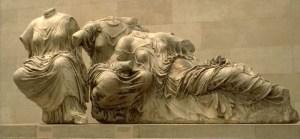 Fidias: las Parcas.  Frontón Oriental del Partenón.  Grecia, período clásico (s. Va.C.)