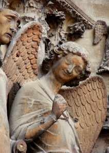Ángel de la Sonrisa de la Catedral de Reims.  Gótico pleno, s. XIII.