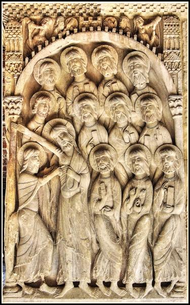 Relieve de la duda de Santo Tomás, en los pilares del claustro de Santo Domingo de Silos - Siglo XI.