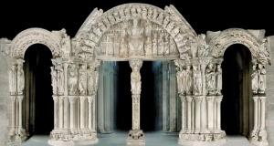 Pórtico de la Gloria.  Catedral de Santiago de Compostela.  Arte Románico, s. XII.