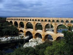 Pont du Gard.  Roma, s. II d.C.