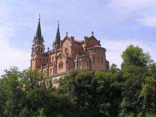 Basílica neorrománica de Covadonga (Asturias)