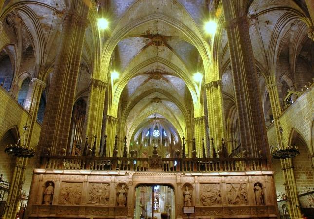 Catedral_de_Barcelona_-_Interior2
